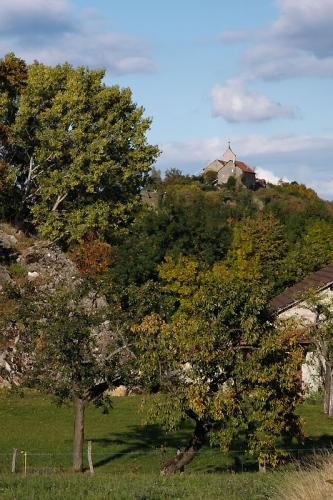 """La Maladière : Le Château d'Allinges en quittant """"Chez Lagrange"""""""