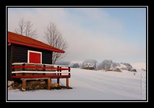 Un chalet dans la neige