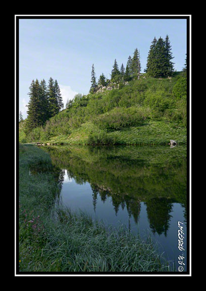 Reflet dans le lac d\'Arvouin