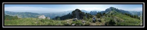 Panorama sur la Grande Pointe des Journées, le Mont Billiat et le bassin lémanique